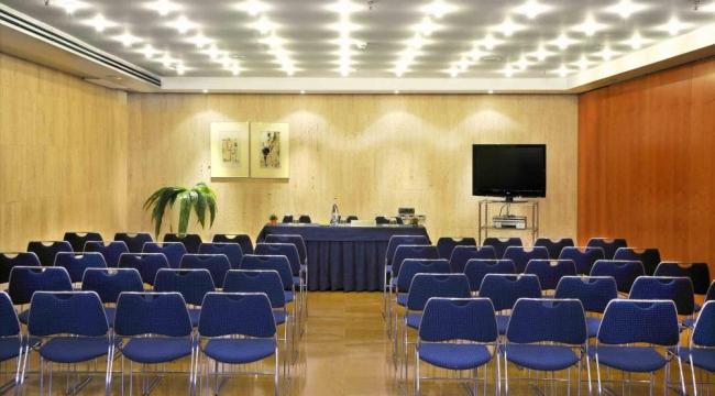 Sala de reuniones y conferencias en Hotel Tryp Castellon Center